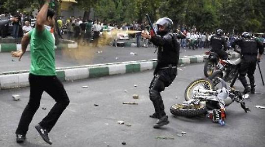 Proteste in Teheran 2009 <br/>Foto von faramarz