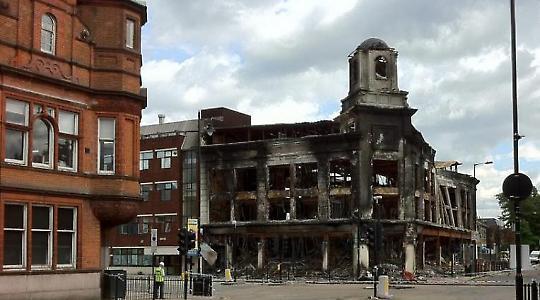 """""""Tottenhams Gedächtniskirche"""": Ausgebranntes Gebäude in London"""