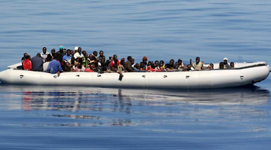 Bootsflüchtlinge vor Lampedusa 2008 <br/>Foto von noborder network