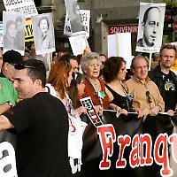 Kundgebung für Baltasar Garzón und gegen Straflosigkeit <br/>Foto von Christian González García
