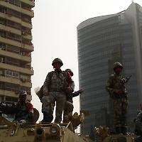 Die Armee -- Garant der alten Ordnung? <br/>Foto von Kodak Agfa
