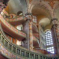 Wiederaufgebaute Dresdner Frauenkirche <br/>Foto von chop1n
